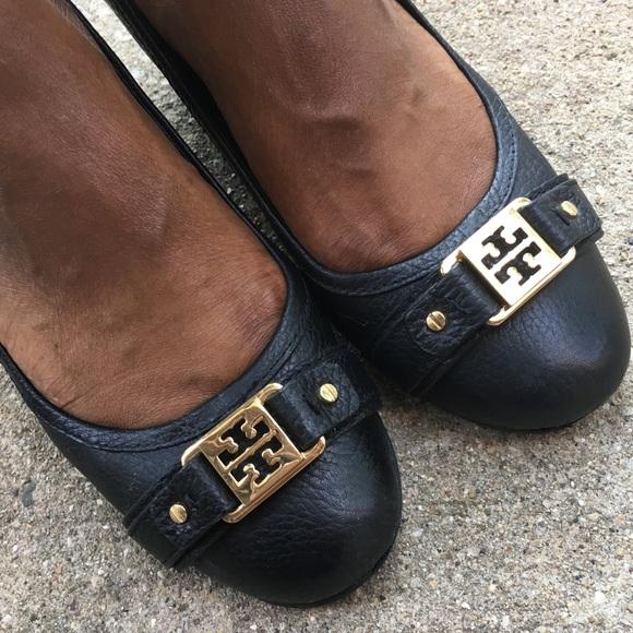 35c1575224e1 Tory Burch Shoes - Tory Burch Ambrose Wedge Leather Pumps - Sz 9